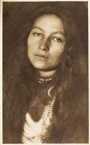 Portrait photograph of Zitkála-Šá. Joseph T. Keiley, 1898. National Portrait Gallery, Smithsonian Institution.